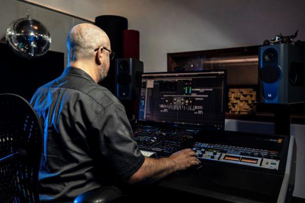 Mixing mastering